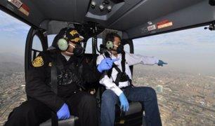 Ministro del Interior sobrevoló Lima y Callao para supervisar cumplimiento de aislamiento total