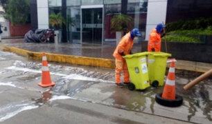 Miraflores: desinfectan exteriores de hotel donde se detectaron casos de coronavirus