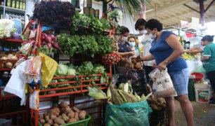 COVID-19: a partir de hoy una persona por familia puede salir a comprar