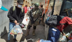 Huarochrirí: bus traslada a 50 personas varadas rumbo a Huancavelica