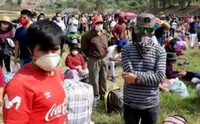 Huancavelica: impiden el ingreso de buses que transportan a pobladores varados