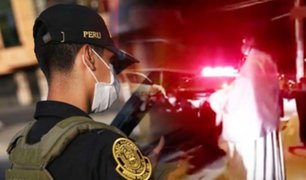 Carabayllo: comisario y policías rezan de rodillas antes de salir a patrullar