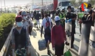 Ciudadanos intentan llegar a la región San Martín caminando