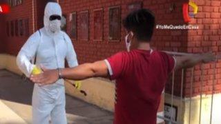 """Rímac: ciudadanos de la región San Martín son ubicados en el cuartel """"El Potao"""""""