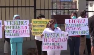 Enfermeros protestan por falta de implementos de protección en el hospital María Auxiliadora