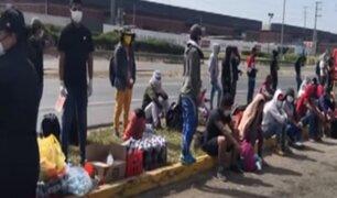 Panamericana Sur: más de 100 personas intentan llegar a pie a Apurímac y Ayacucho