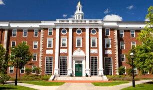 Harvard liberó más de 60 cursos para hacerlos gratis desde casa