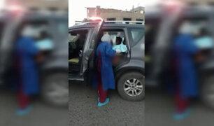 Canta: policía ayudó a mujer embarazada a dar a luz al interior de un patrullero