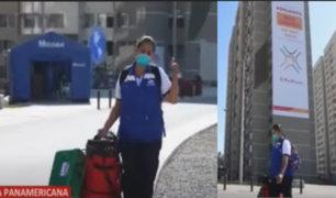 Enfermeras y técnicas regresan a sus hogares tras un mes luchando contra la pandemia