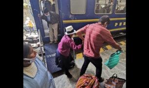 Trasladan en tren a más de 200 varados en Ollantaytambo y Machu Picchu Pueblo