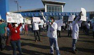 Callao: trabajadores del hospital Negreiros protestaron por falta de equipos de seguridad