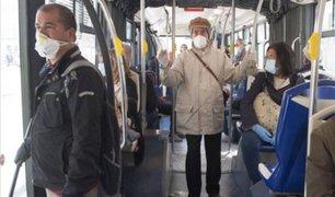 Italia se prepara para que población pueda visitar a sus familiares pero con mascarillas