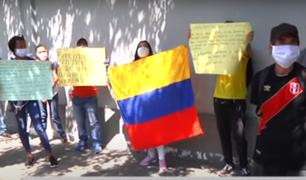 Colombianos piden ayuda a su embajada para regresar a su país