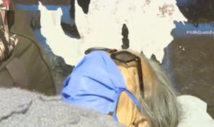 Entregan carpas y abrigo a grupo de varados ubicados en Plaza Manco Cápac