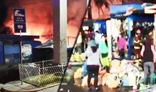 Ilo: incendio consume 30 puestos de un mercado