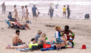 EEUU: cierran concurridas playas para frenar propagación de Covid-19