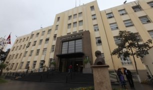 Fiscalía intervino oficinas del Minsa tras compra irregular de mascarillas
