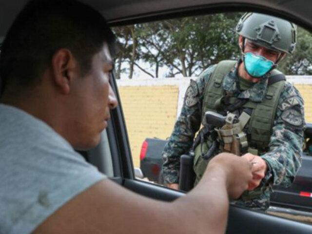 COVID-19: Solo dos pasajeros podrán viajar en taxis según protocolo sanitario