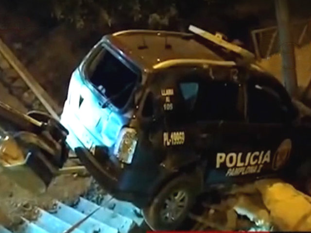Estado de Emergencia: patrulla se despista y deja dos policías heridos en SJM