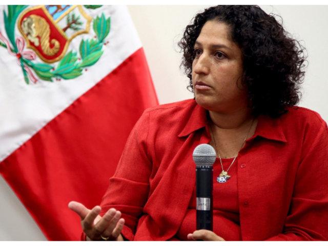 """Ministra Muñoz sobre Covid-19: """"No hay sistema de salud que aguante la irresponsabilidad de la gente"""""""