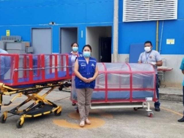 Ingenio peruano: diseñan cápsula de aislamiento para trasladar a pacientes de COVID-19