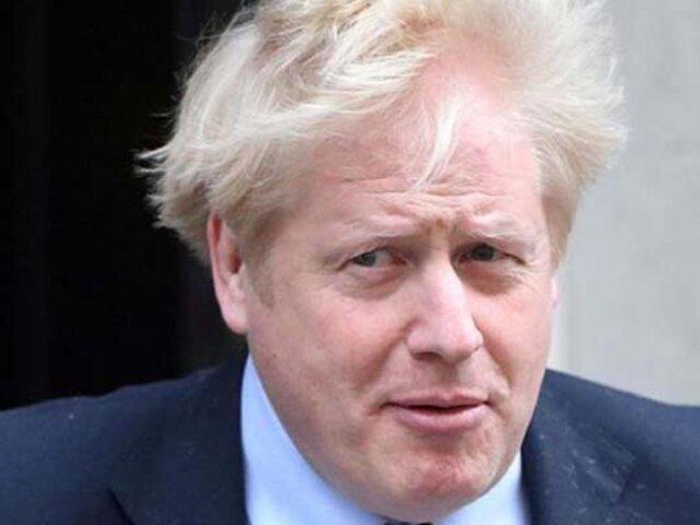Primer ministro británico Boris Johnson fue ingresado en hospital por coronavirus