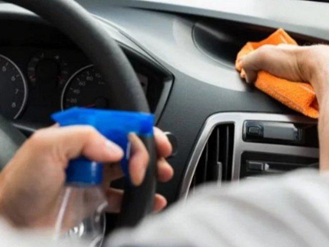 ATU insta a todos los taxistas a desinfectar sus vehículos después de cada servicio