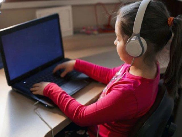 Ofrecen capacitaciones gratuitas para ayudar a docentes a realizar clases a distancia