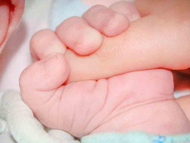 Suiza: bebé muere por COVID-19 tras infectarse en el extranjero