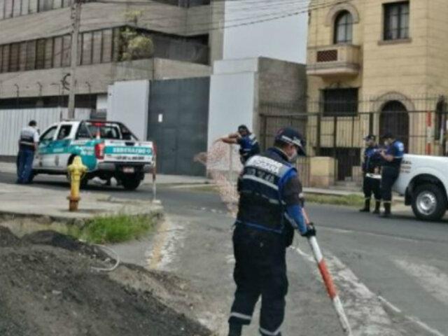 Lince: serenos cierran calles tras muerte de hombre dentro de su vivienda