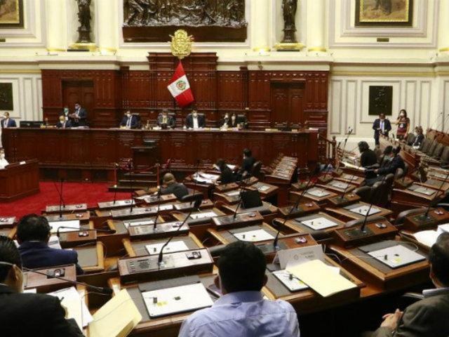 Congreso debate si otorga o no el voto de confianza a gabinete Zeballos