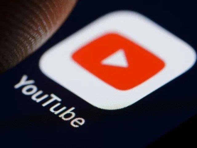Rusia amenaza con bloquear YouTube tras suspensión de cuentas de RT