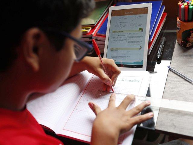 """""""Aprendo en casa"""" cumple 100 días impartiendo clases a más de 6 millones de estudiantes"""