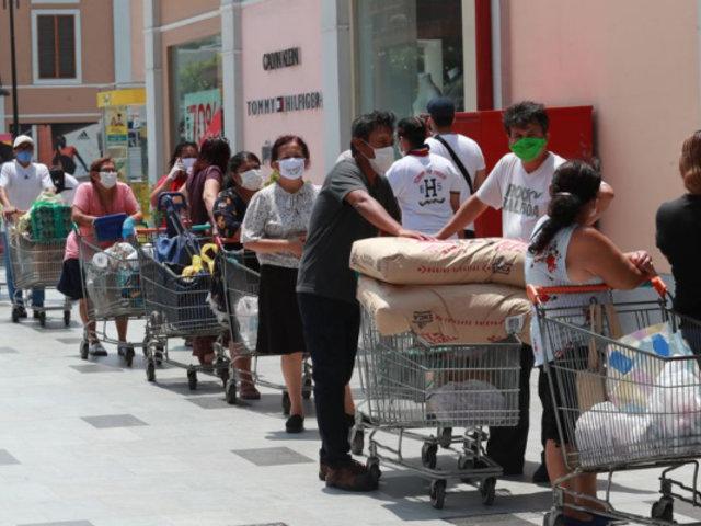 Supermercados atenderán domingos hasta las 6:00 p.m., afirma Premier Bermúdez