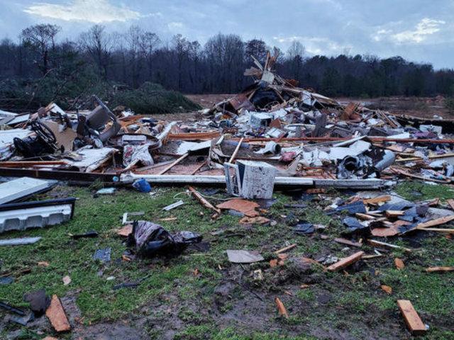 EE.UU: tres estado fueron golpeados por tornados en medio de la pandemia del COVID-19