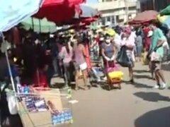 [VÍDEO] Retiran a comerciantes ambulantes del Mercado La Parada en la Victoria