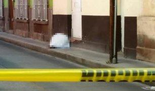 La Victoria: hombre falleció en plena calle y no pudo ser auxiliado debido al toque de queda