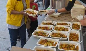 El Comedor de las Nazarenas aumentó sus raciones de almuerzos frente a la pandemia