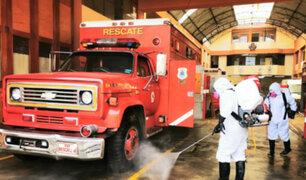 Cercado de Lima: realizan limpieza y desinfección en compañías de bomberos