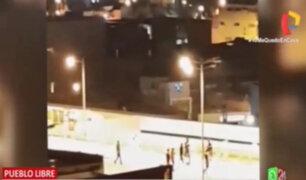Pueblo Libre: captan a presuntos trabajadores de Plaza Vea jugando fútbol en pleno toque de queda