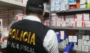 Policía incautó dos toneladas de medicamentos en almacén clandestino