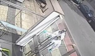 Miraflores: sujetos disfrazados fingen ser de la municipalidad para robar
