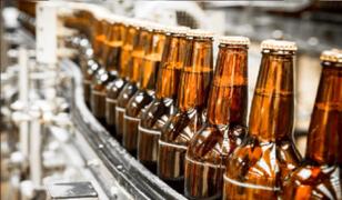 Más de 20 mil empleos se verán amenazados tras paralización de la industria cervecera
