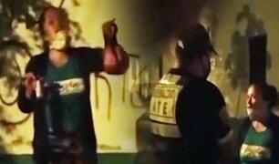 Mujer en estado de ebriedad ataca e insulta a serenos en Ate