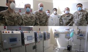 """La Marina entregó diez respiradores artificiales """"Samay"""" al Centro Médico Naval"""