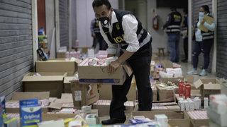 Incautan tonelada y media de medicamentos para tratar Covid-19 en almacén clandestino