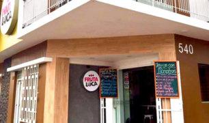 La Victoria: Dueño de restaurante apuesta por la micromovilidad para repartir comida