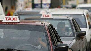 Congresistas reaccionan tras aprobación de ley para formalizar taxis colectivos