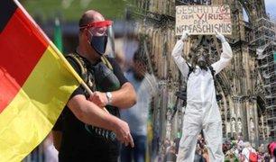 Alemania: miles de personas protestan contra las restricciones por el coronavirus
