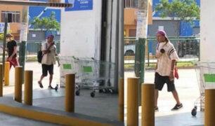 Surquillo: hombre llena de saliva un carrito de centro comercial